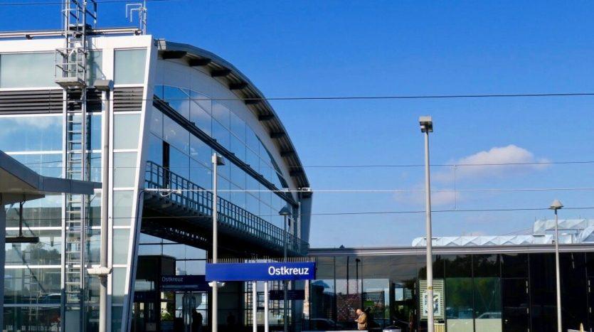 Ostkreuz mit S-Bahn Linien
