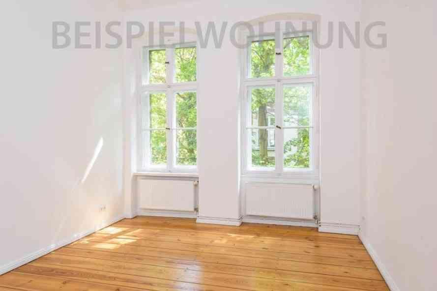 bezugsfreie 3 zimmer altbauwohnung mit balkon und stuckelementen in der beletage ab berlin. Black Bedroom Furniture Sets. Home Design Ideas