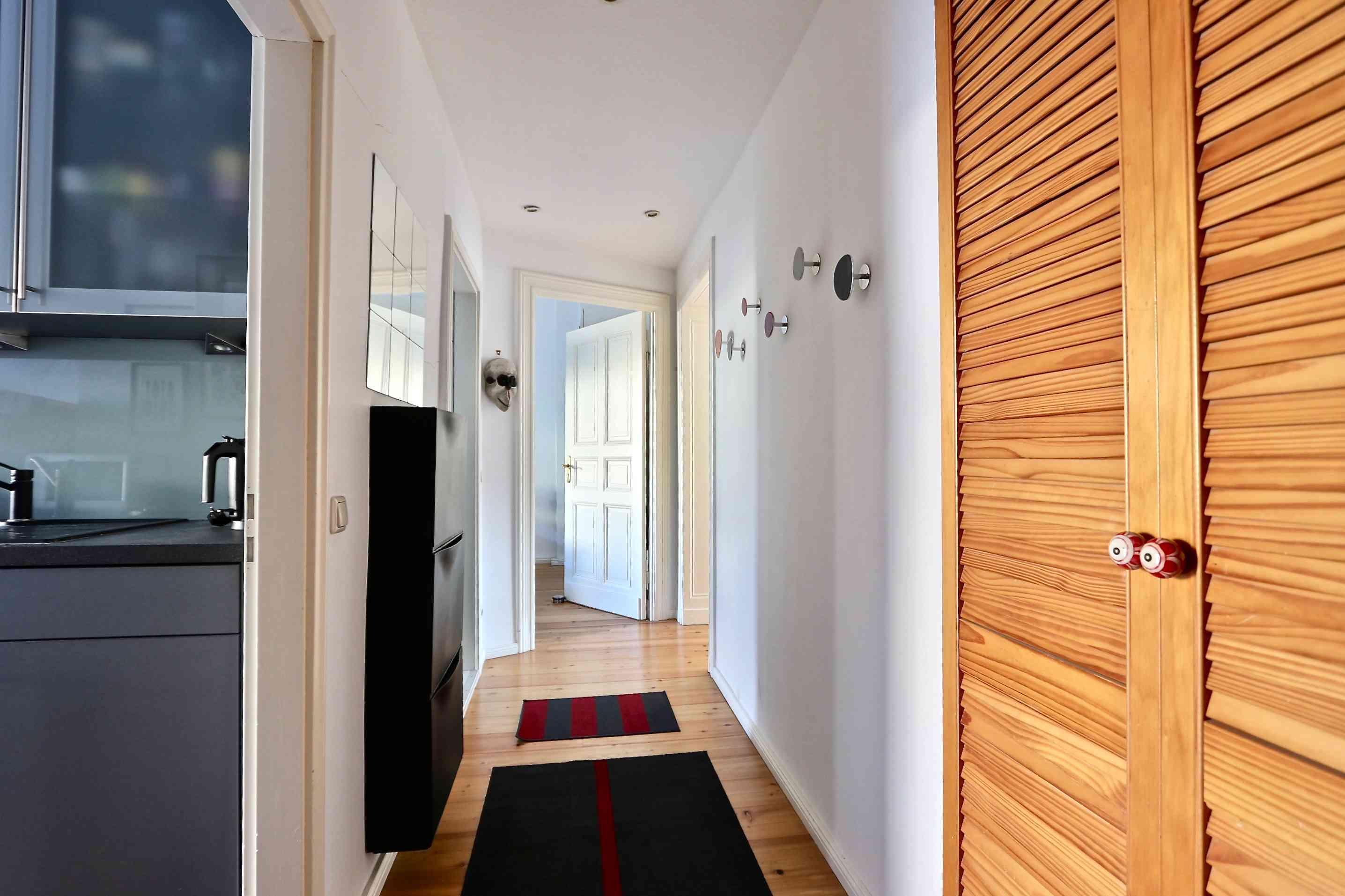 Entrée : couloir 2 - FIN7 | AB-Berlin-Immobilien