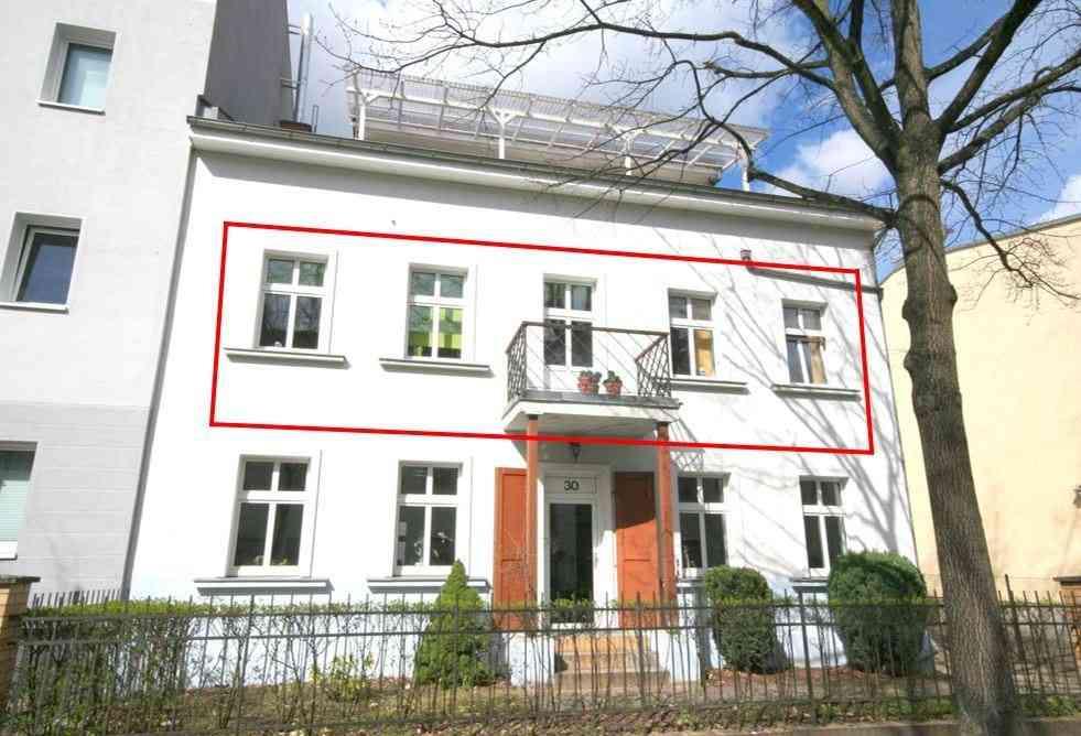 3 zimmer altbauwohnung mit balkon ab berlin immobilien. Black Bedroom Furniture Sets. Home Design Ideas